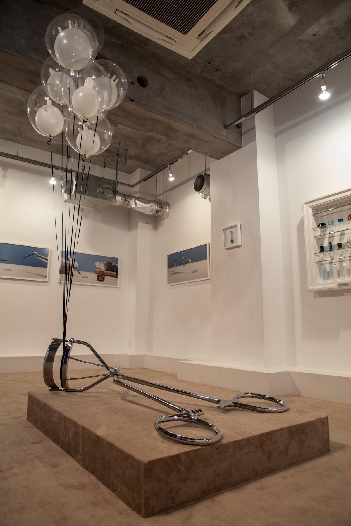 cosmetic inside skin -exhibition|TOMOMI NISHIZAWA